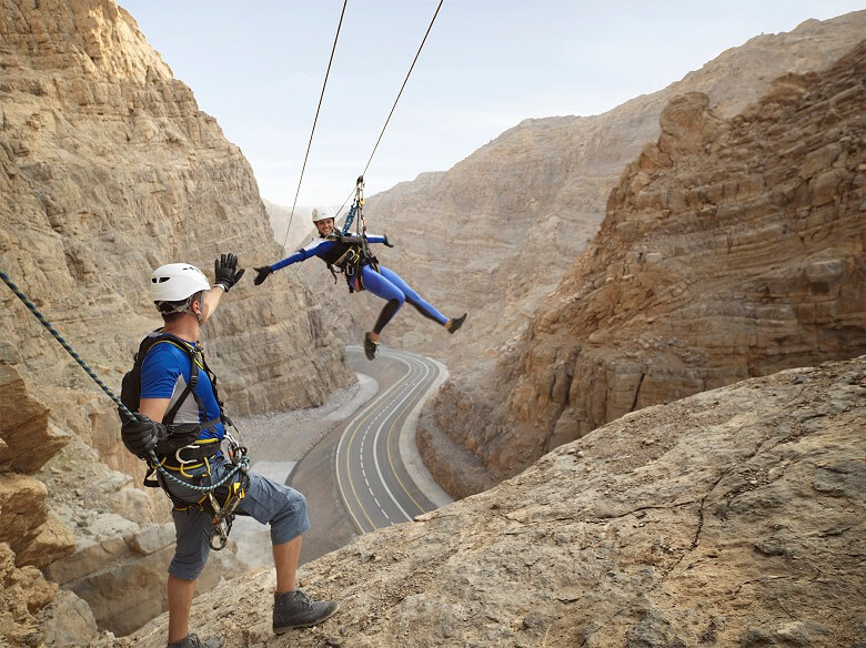 Du-lich-2020-jebel-jais-via-ferrata